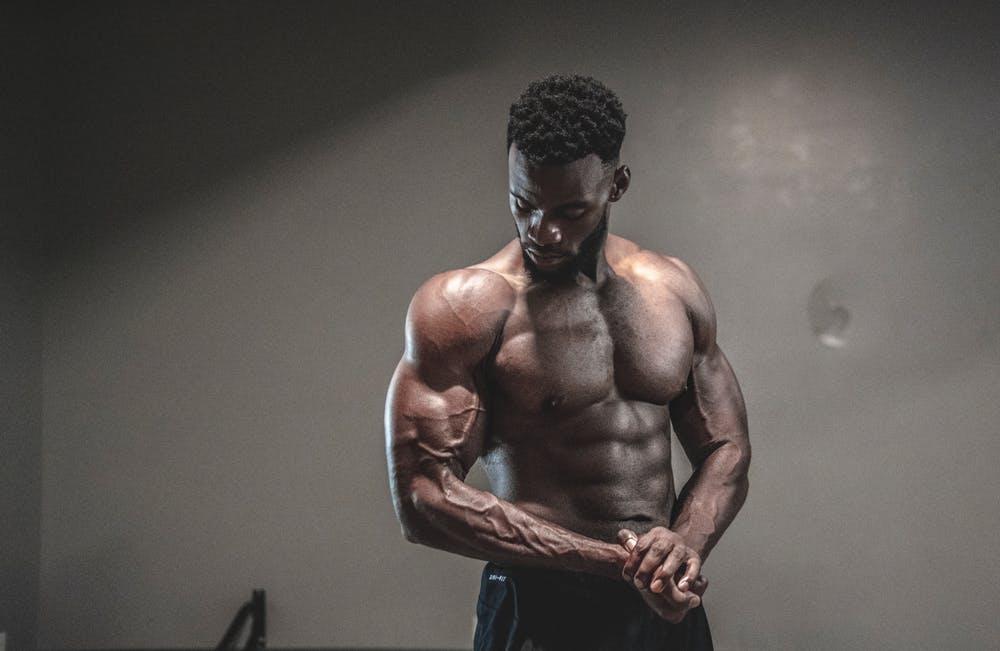 5 Best Weight Training Exercises To Build Gym Aesthetics